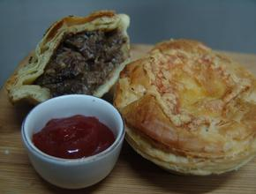 I Make The Pies! Delux Steak Pie - NZ steak Pie Food Delivery - Jakarta