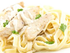 Marinos Italian Pasta And Pizza Chicken Fettuccine - Italian Food Delivery - Lewisville