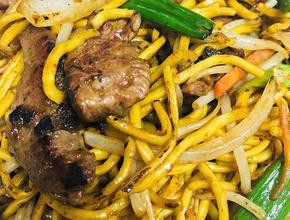 Mr. Chan's Beef Lo Mein - Chinese Food Delivery - Milton