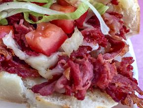 Sandwich Pizza House pastrami -  - Sandwich